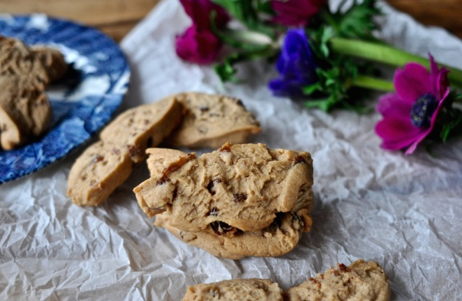 raisins_cookies_kitchenhabitscom1