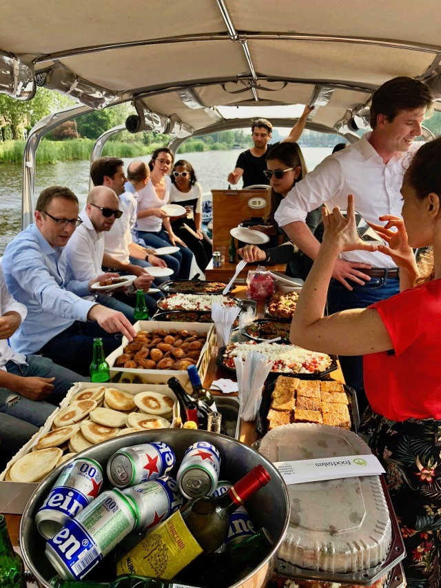 Boat_catering_kitchenhabitscom9